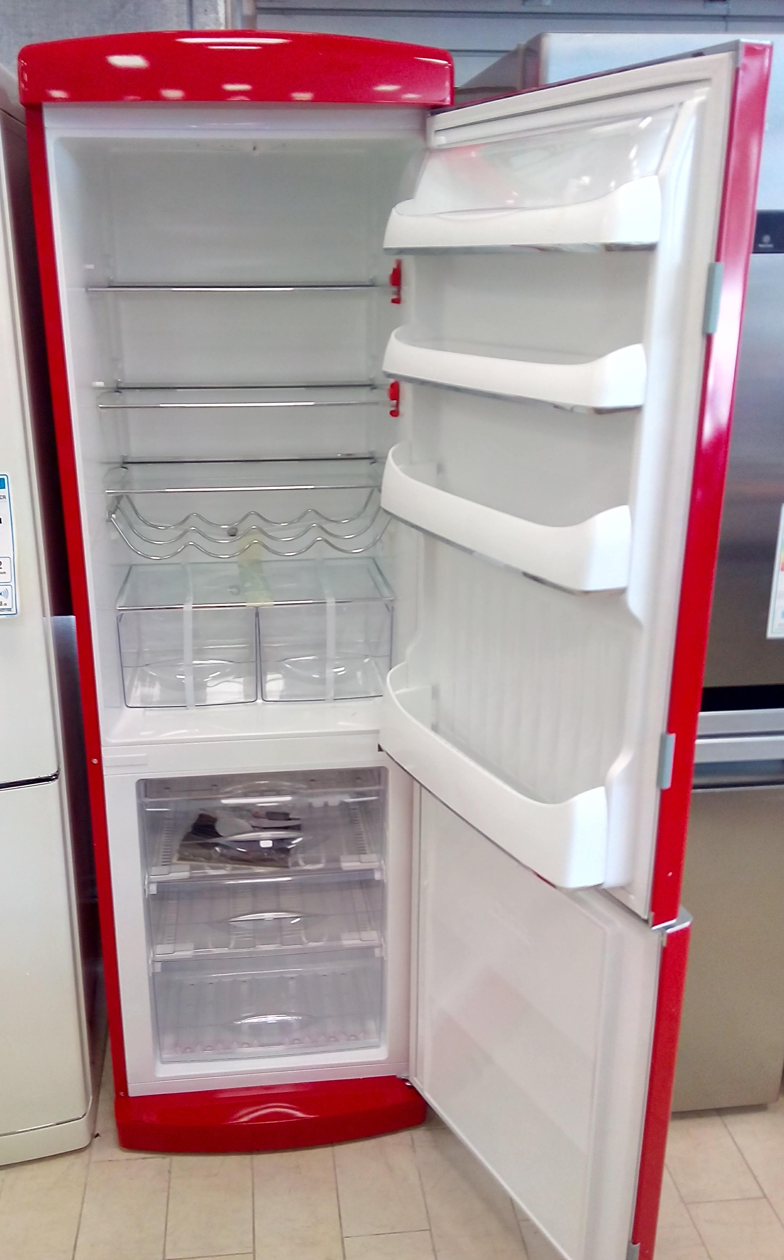 Frigorifero combinato 316 litri frigo congelatore 3 for Frigoriferi rossi